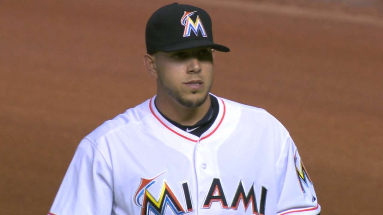 Fernandez makes history in win over Reds