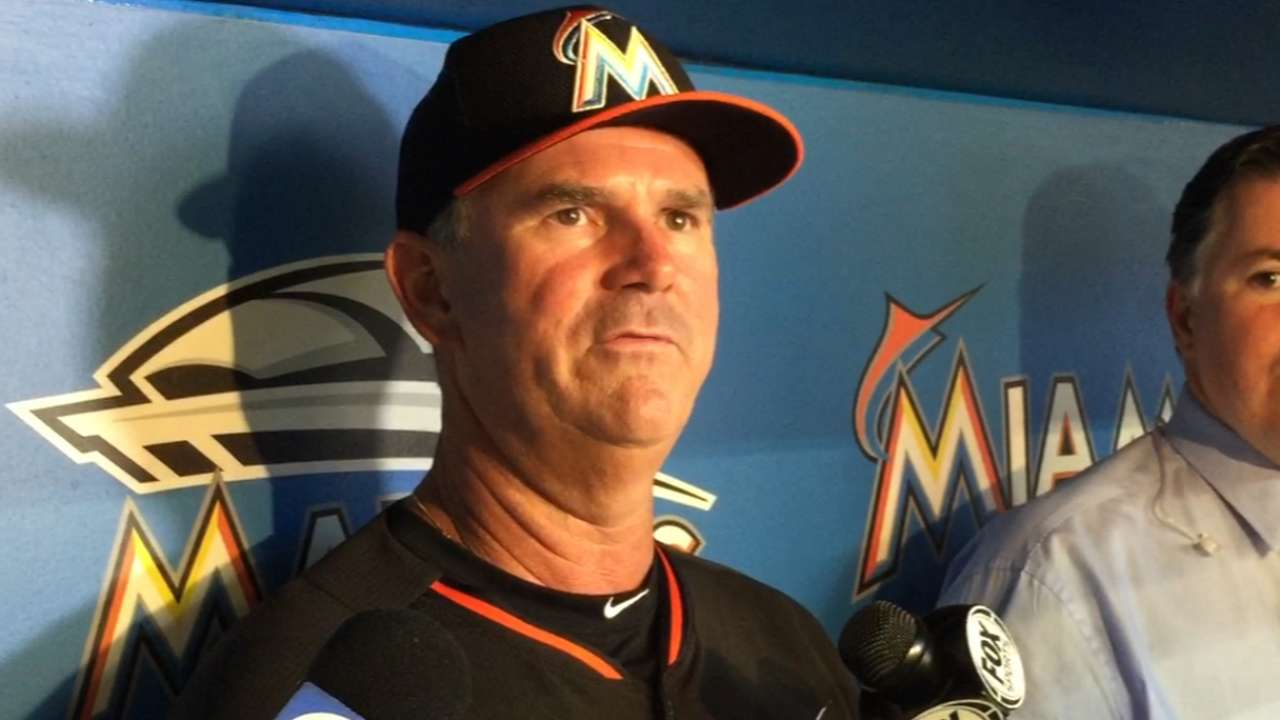 Marlins re-sign McGehee