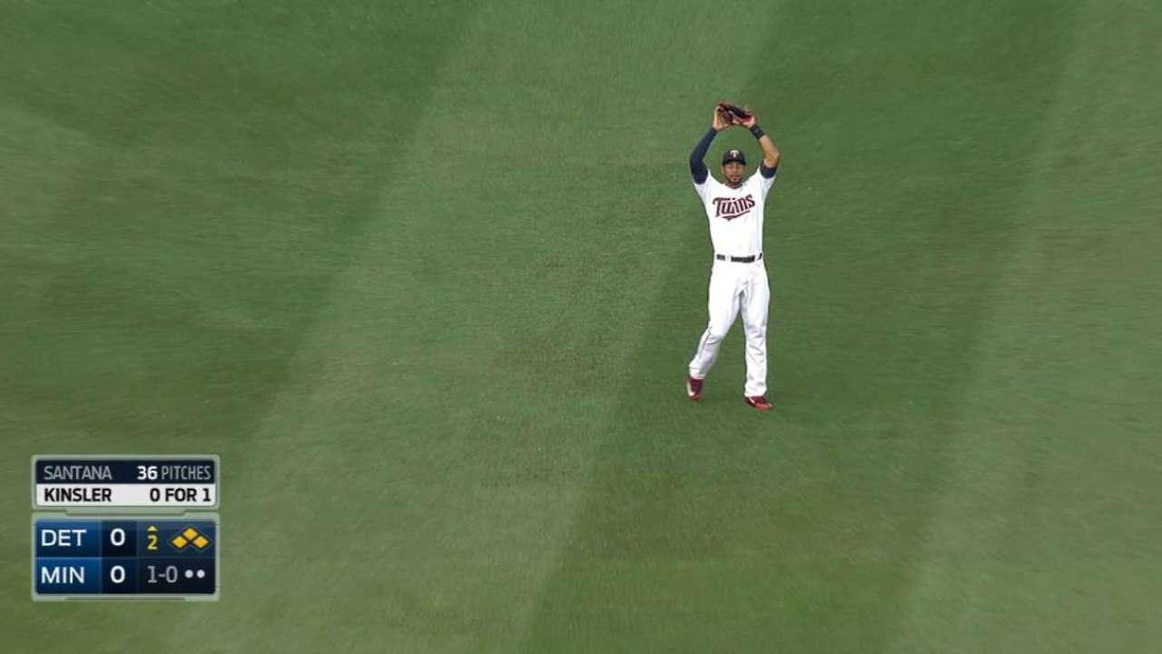 E. Santana ends 2nd-inning jam