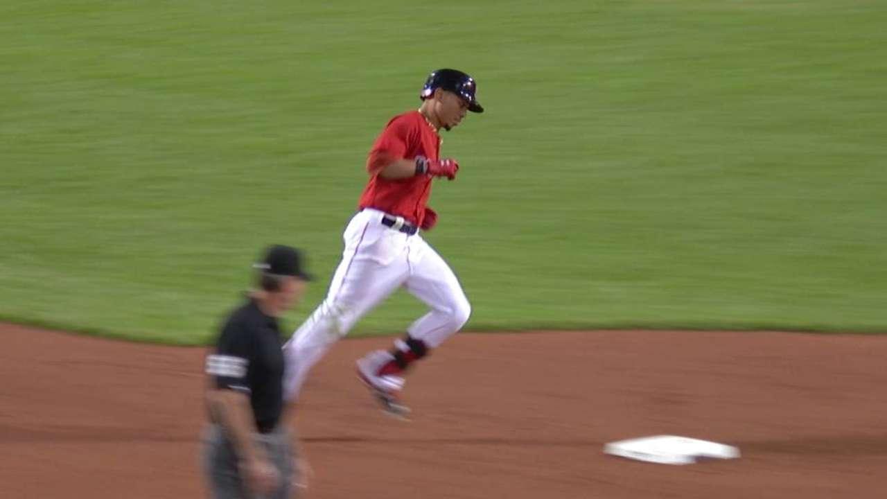 Betts' solo home run