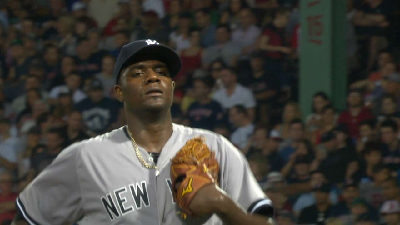 Pineda on point: Yanks win opener vs. Sox