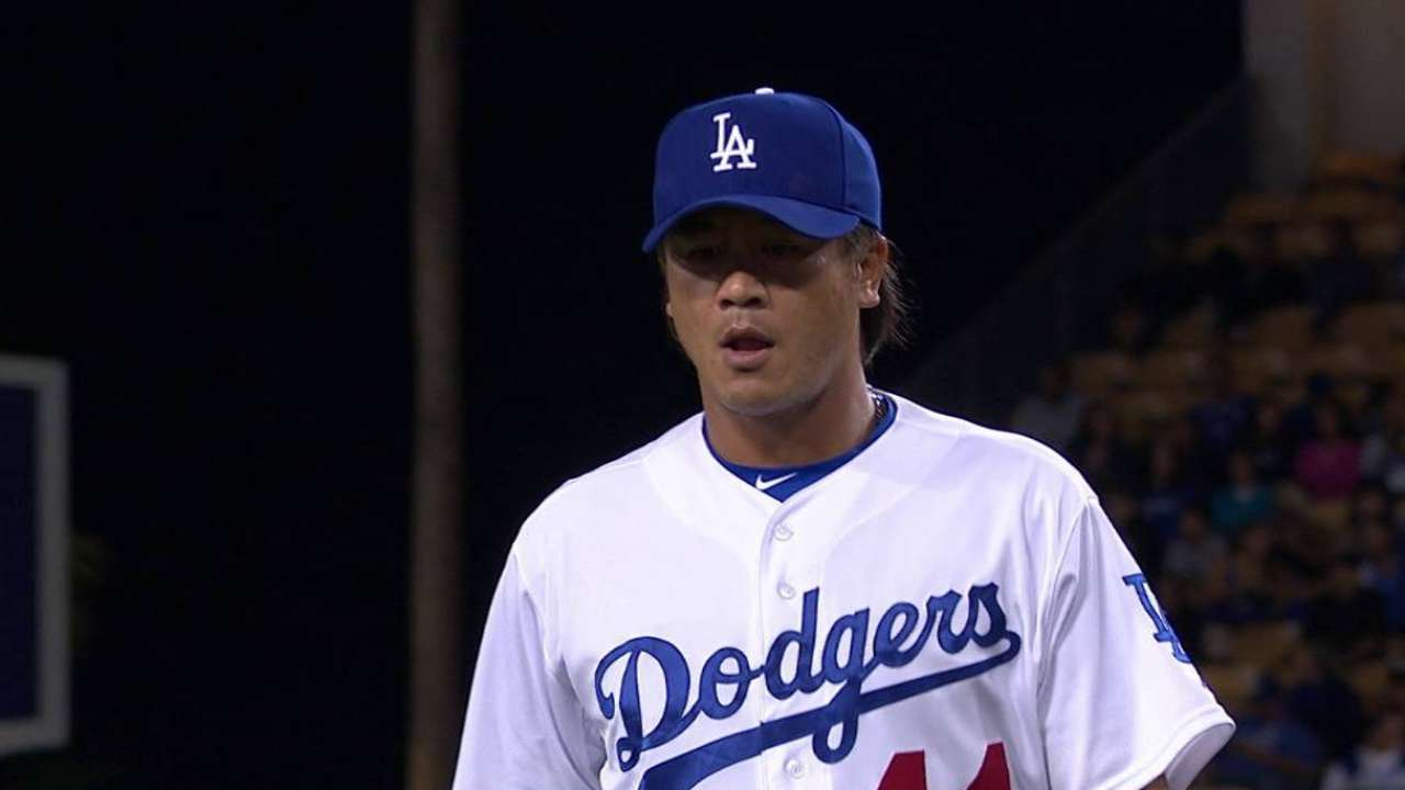 Tsao earns win in first MLB game in 8 years