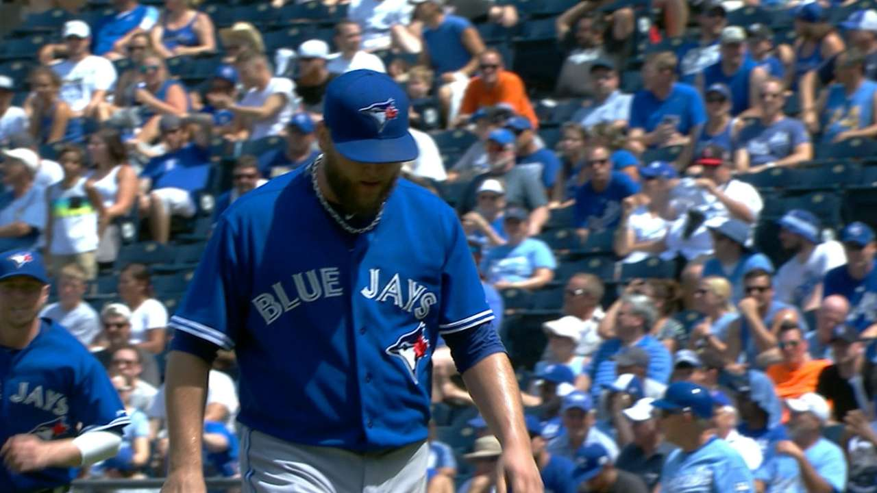 Buehrle wins 10th as Blue Jays beat Royals