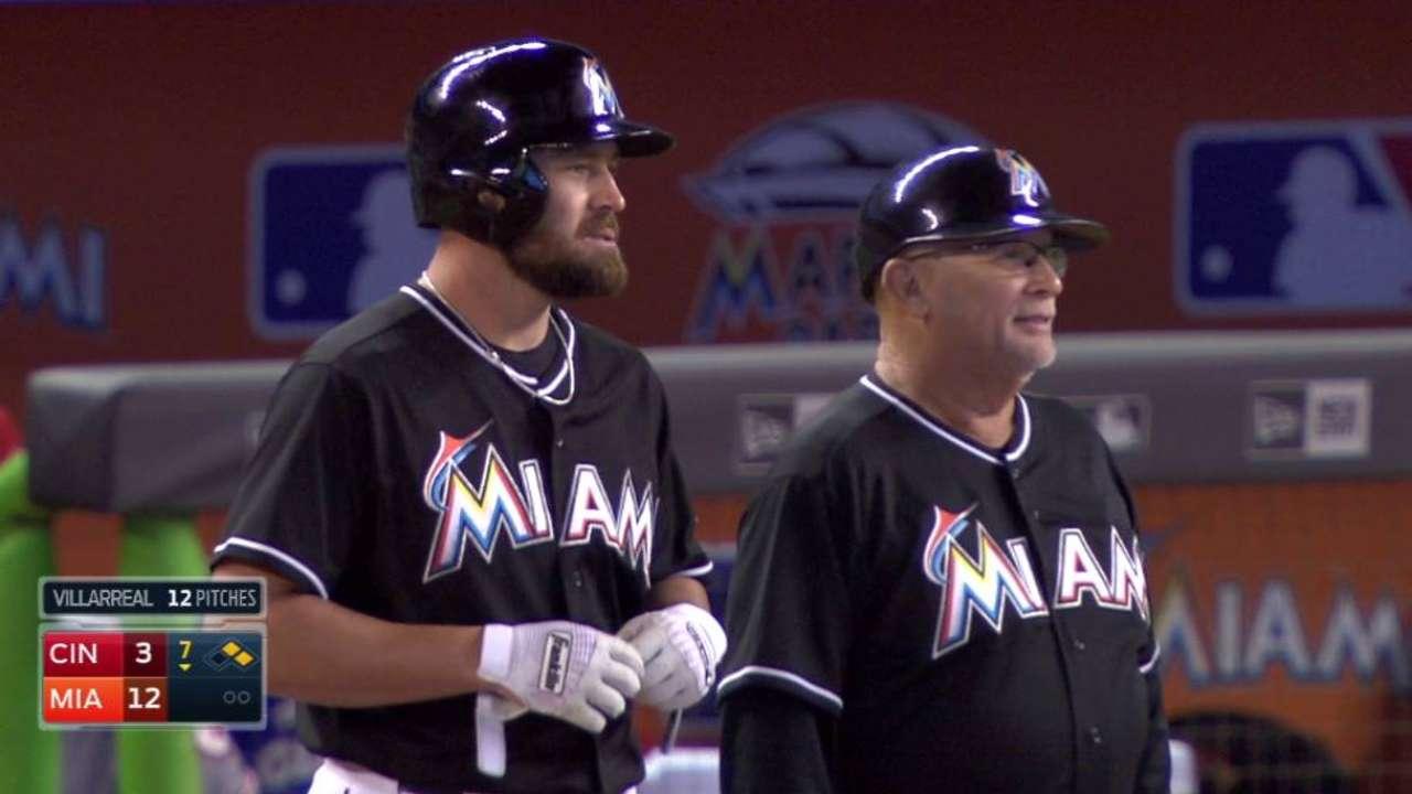 Dunn's first Major League hit