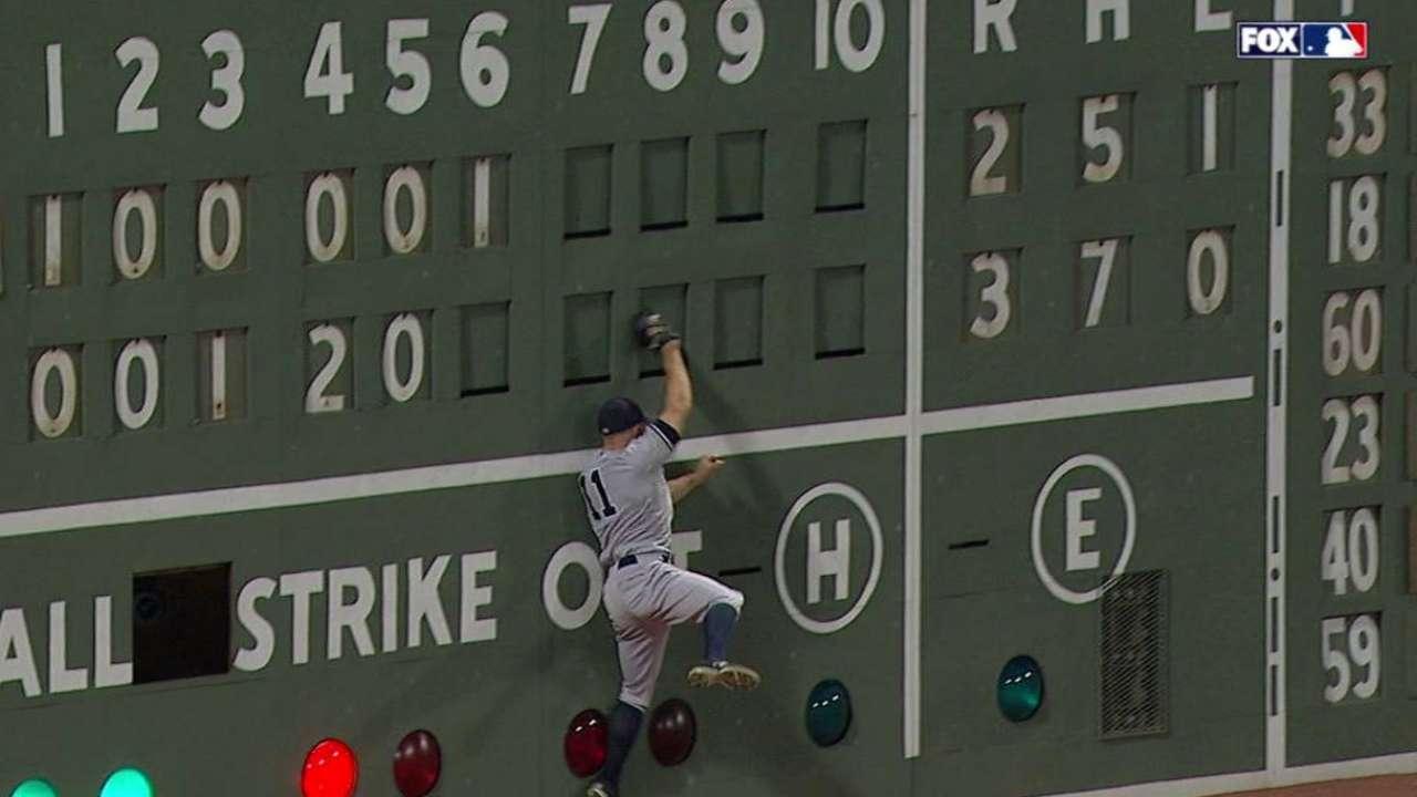 Gardner's leaping catch