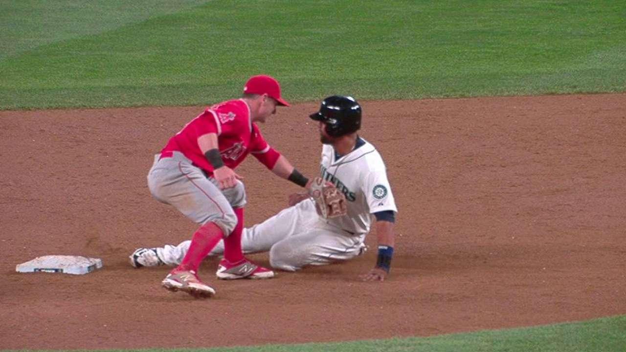 Perez throws out Gutierrez