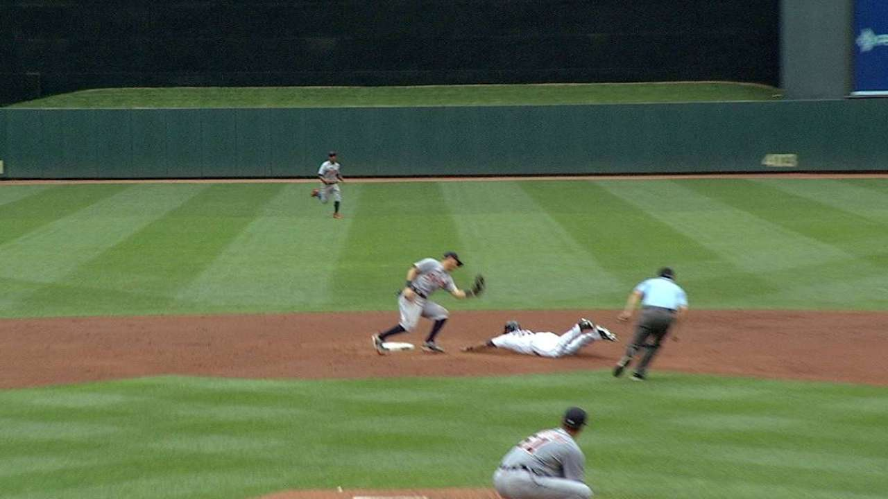 Avila throws out Hicks at second
