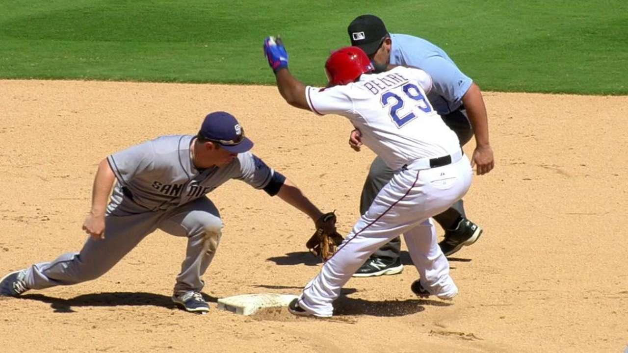 Gallardo sufre 2da derrota al hilo, Padres vencen a Texas