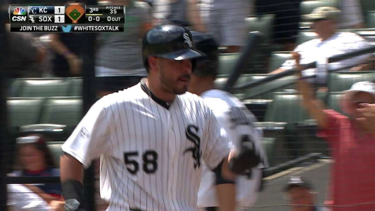 Soto wins White Sox Heart and Hustle Award