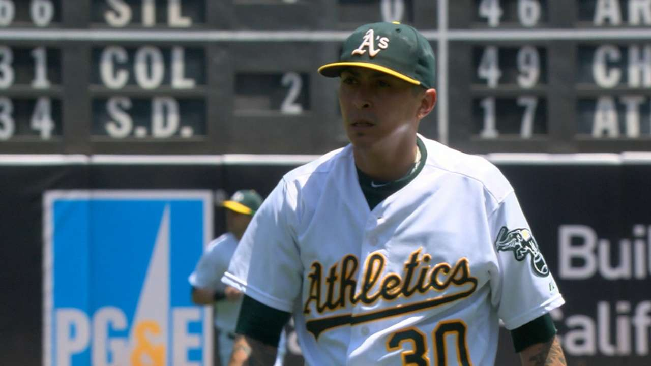 Rested Chavez delivers dominant outing