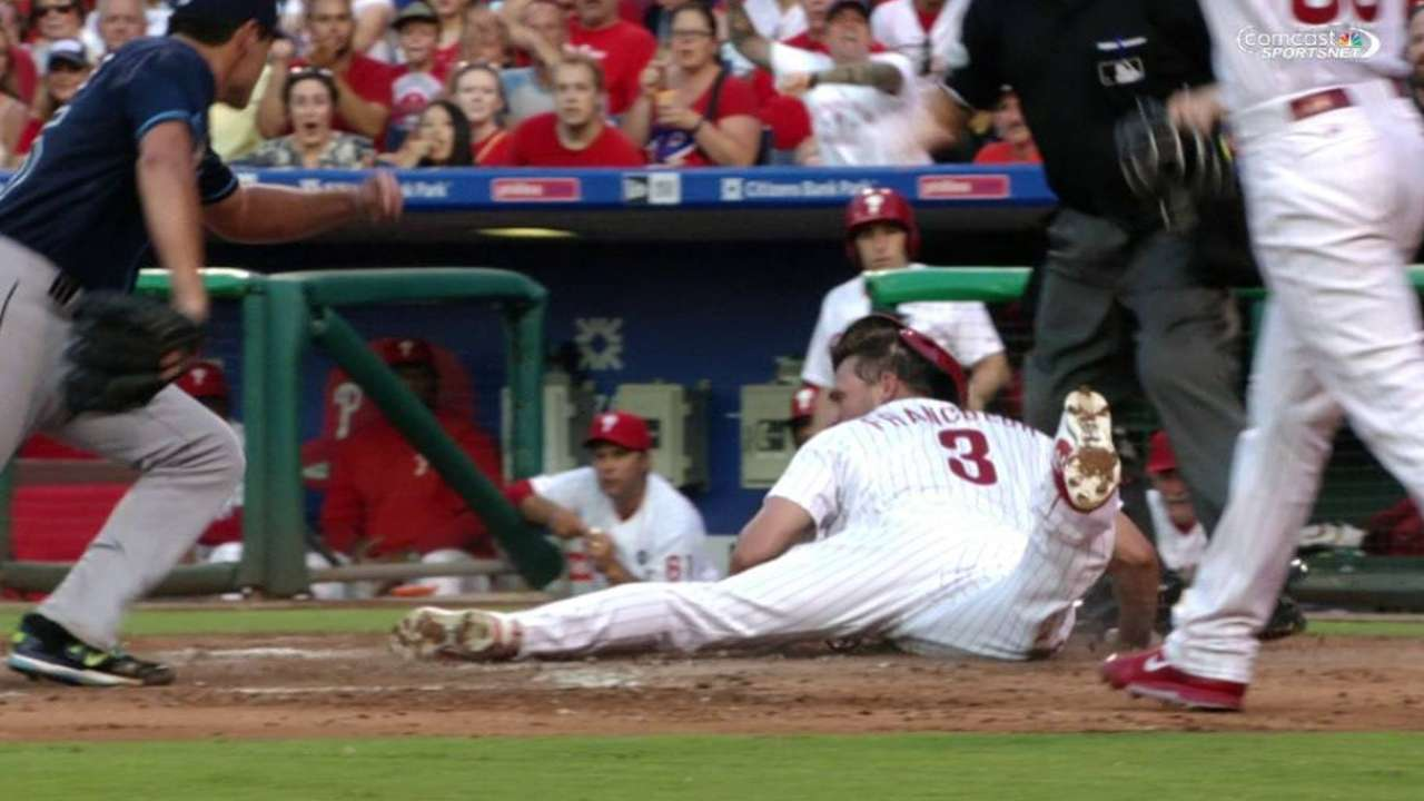 Francoeur scores on wild pitch