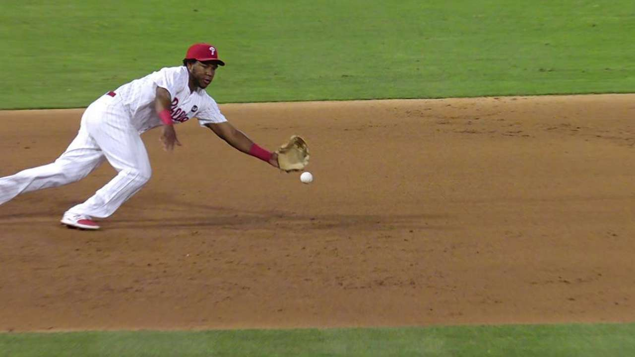 Franco feels elbow soreness after diving stop