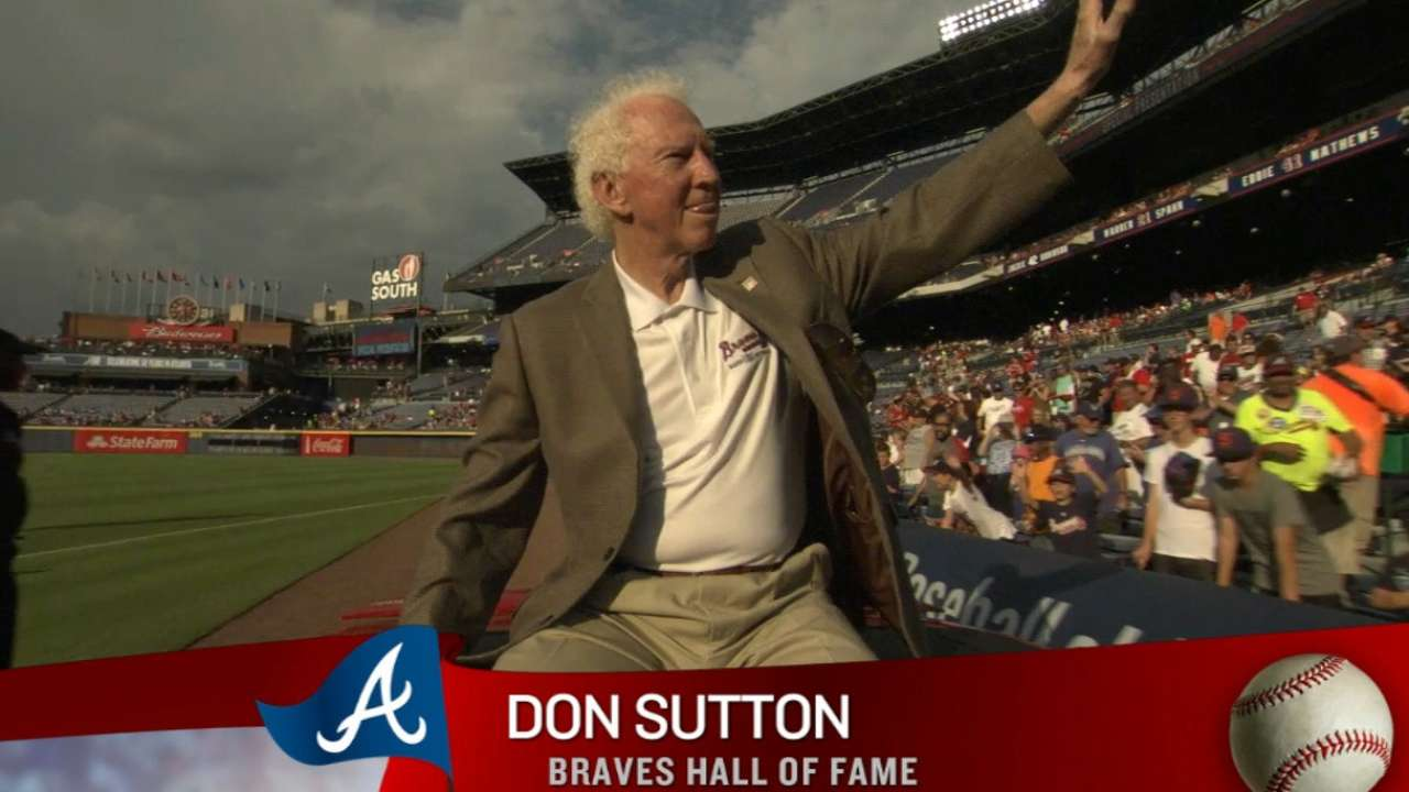 Sutton inducted into Braves Hall of Fame
