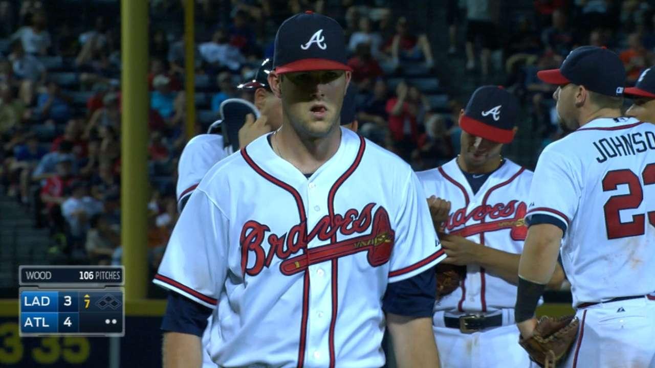 Wood, Braves' bullpen hold off Dodgers
