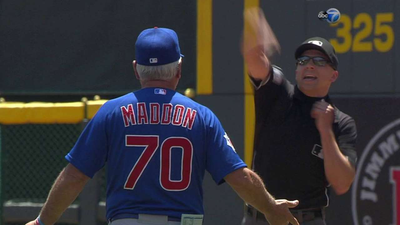 Maddon ejected in 4th for arguing balk call