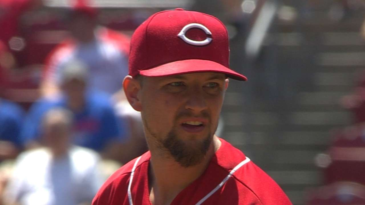 Leake holds Cubs to one run