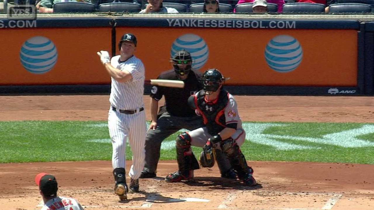 Headley's bases-clearing double