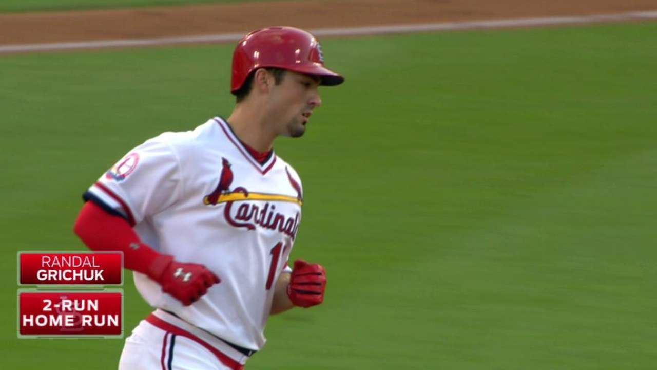 Cards' homers back Lackey in win over Royals