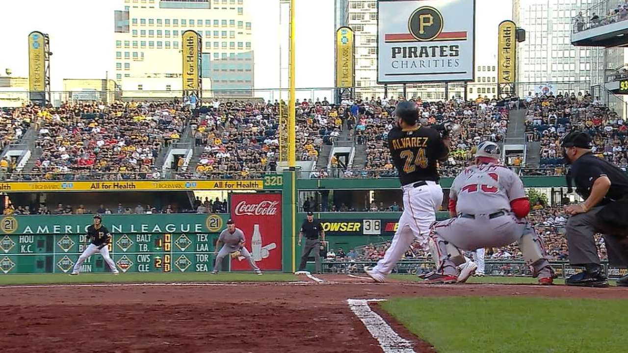 Must C: Alvarez's monster homer