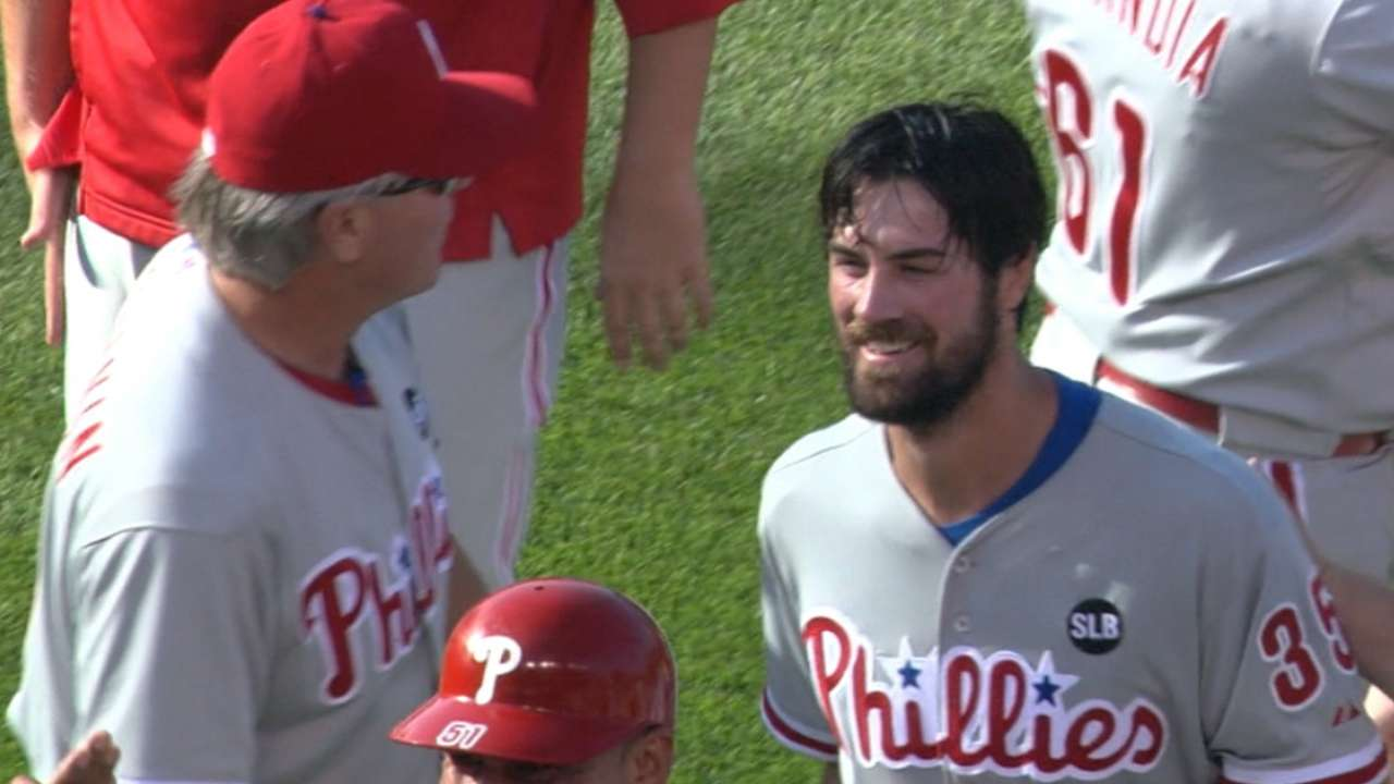 Hamels no-hits Cubs