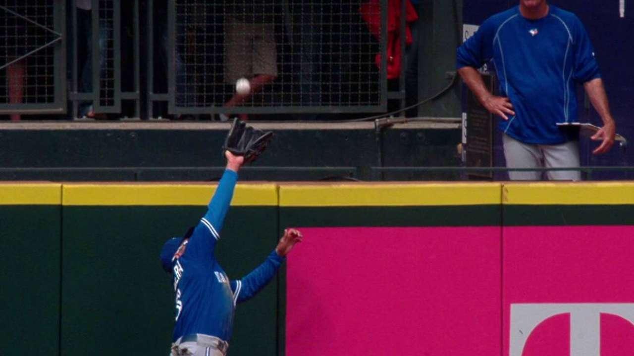 Carrera robs Zunino of a homer