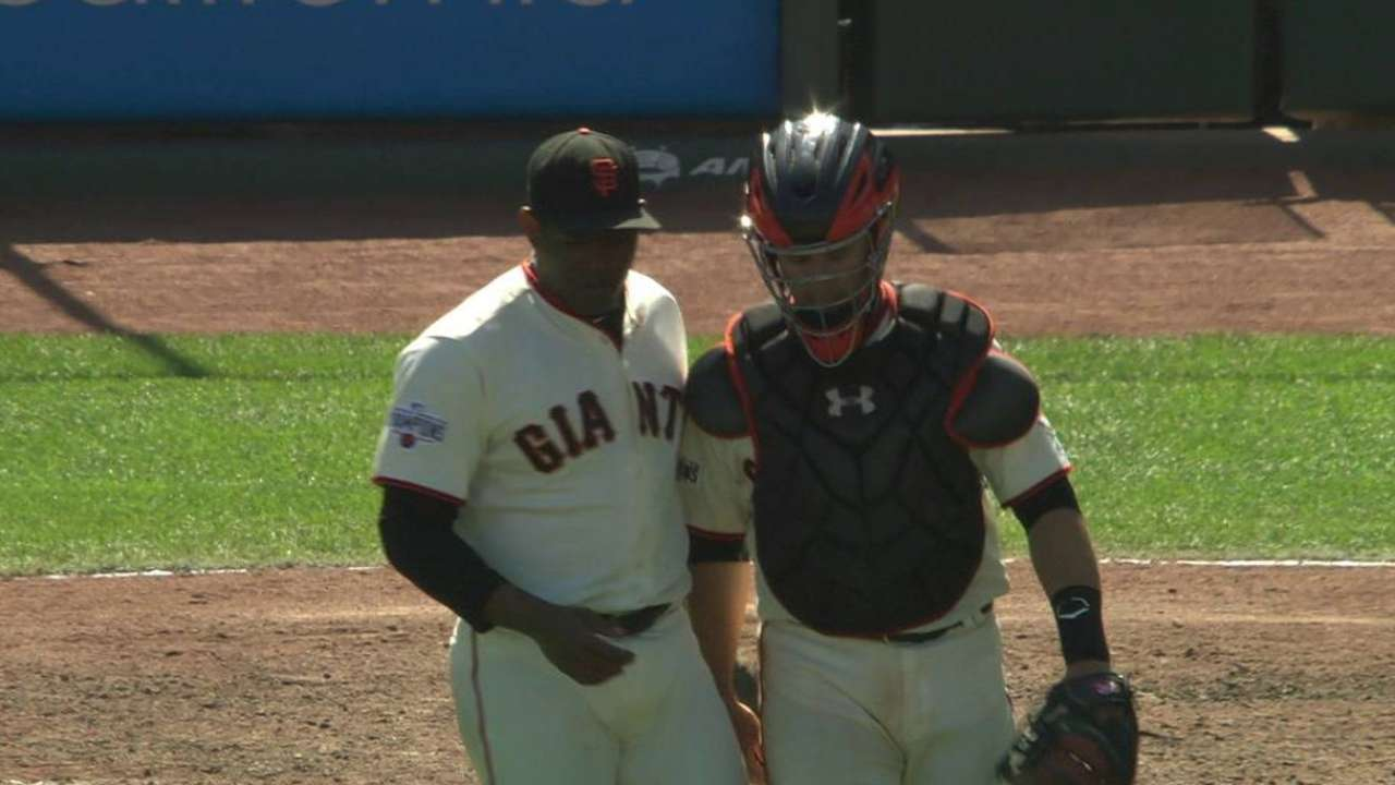 Giants sweep A's with lift from Duffy, Posey