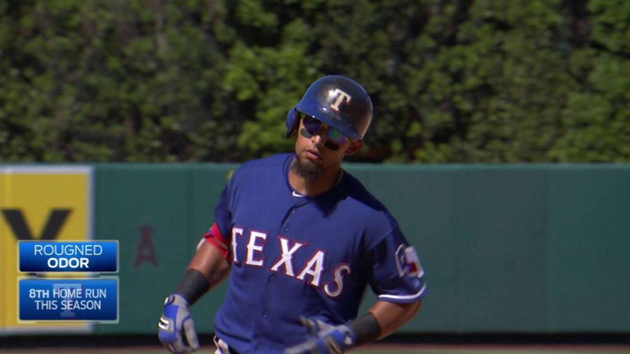 Hot-hitting Odor named AL Player of the Week
