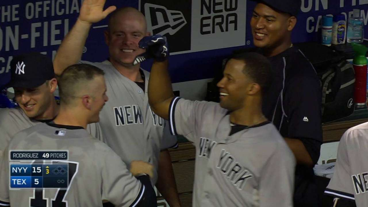 Yankees remontan y vencen por paliza a Rangers