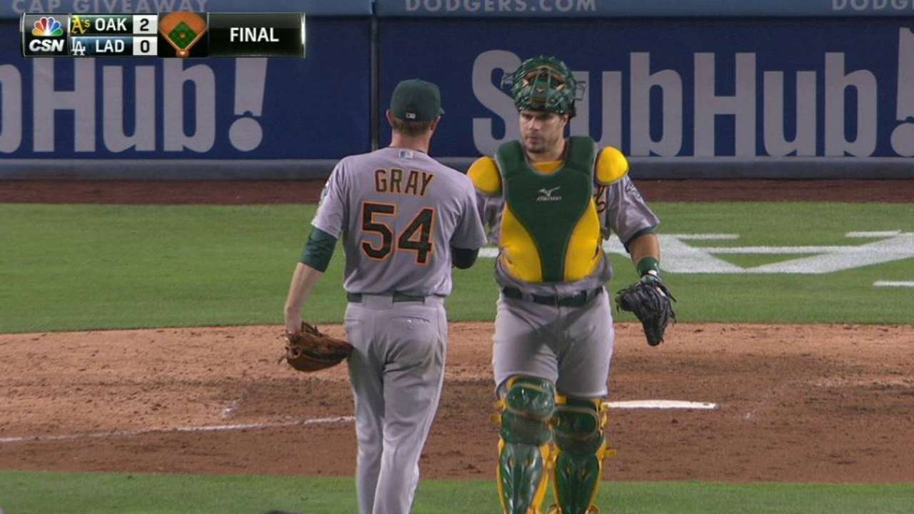 Sonny shines with shutout of Dodgers