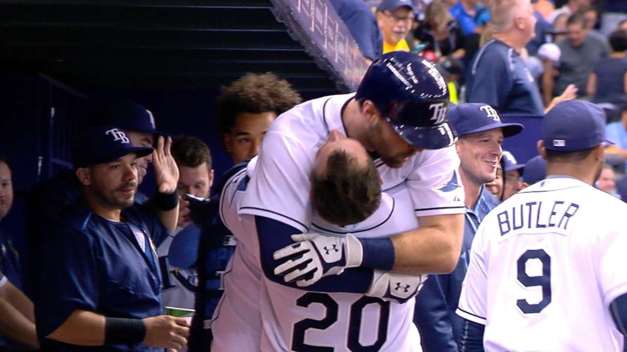 Encore: Casali on historic homer tear for Rays
