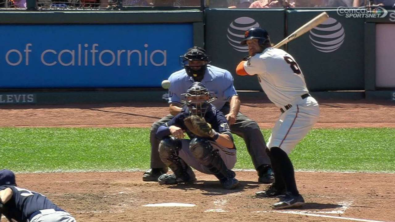 Pence provides jolt in all facets for Giants