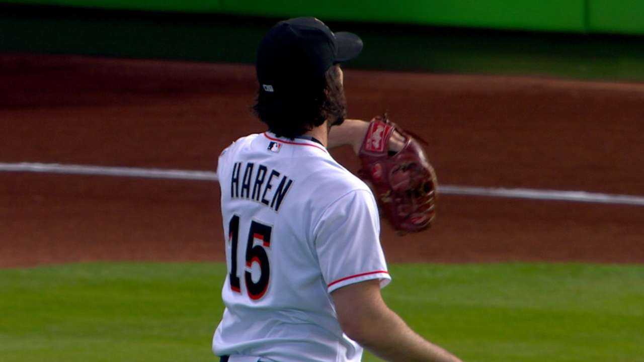 Marlins send Haren to Cubs for prospects