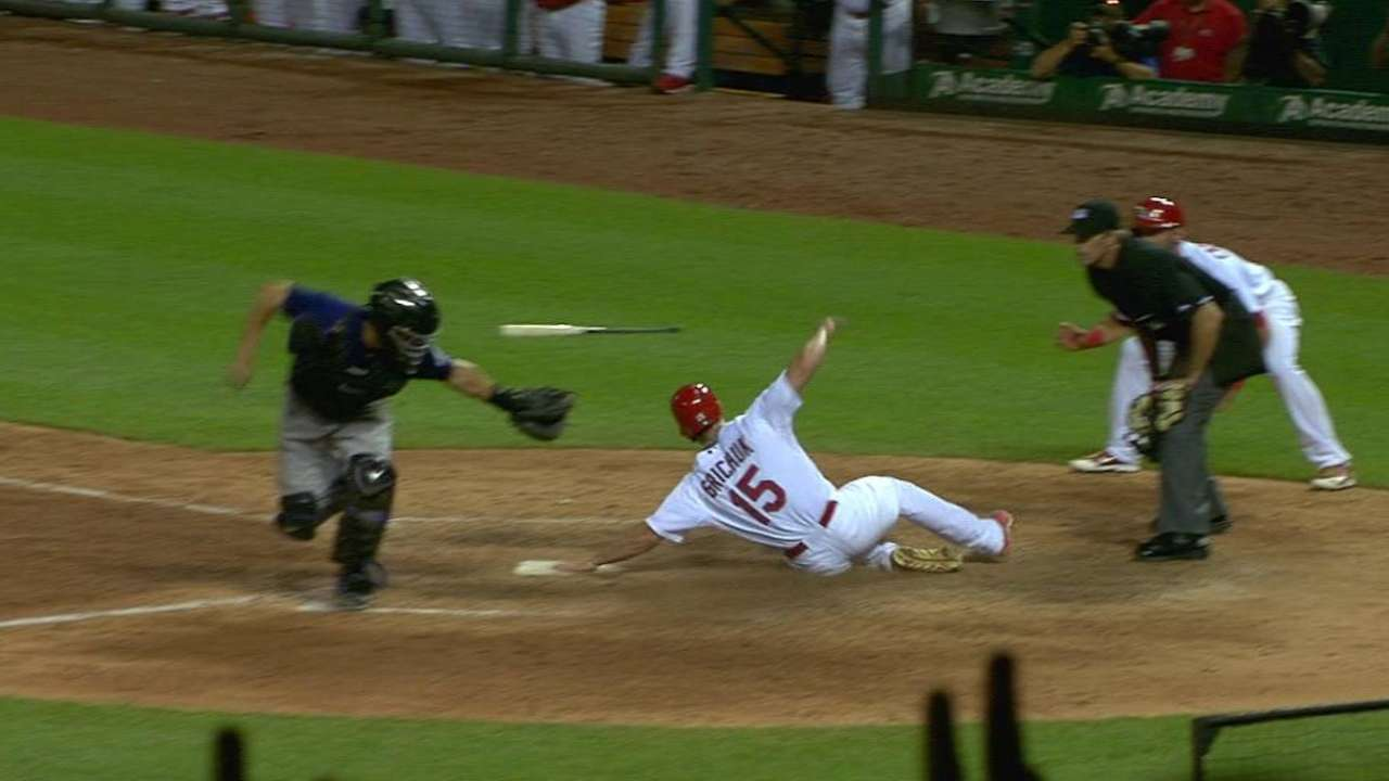 Peralta's game-tying two-run hit