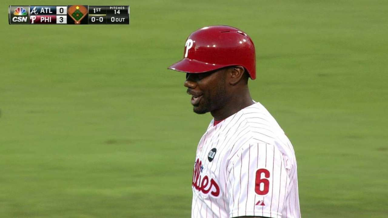 Howard helps Phillies knock off Braves