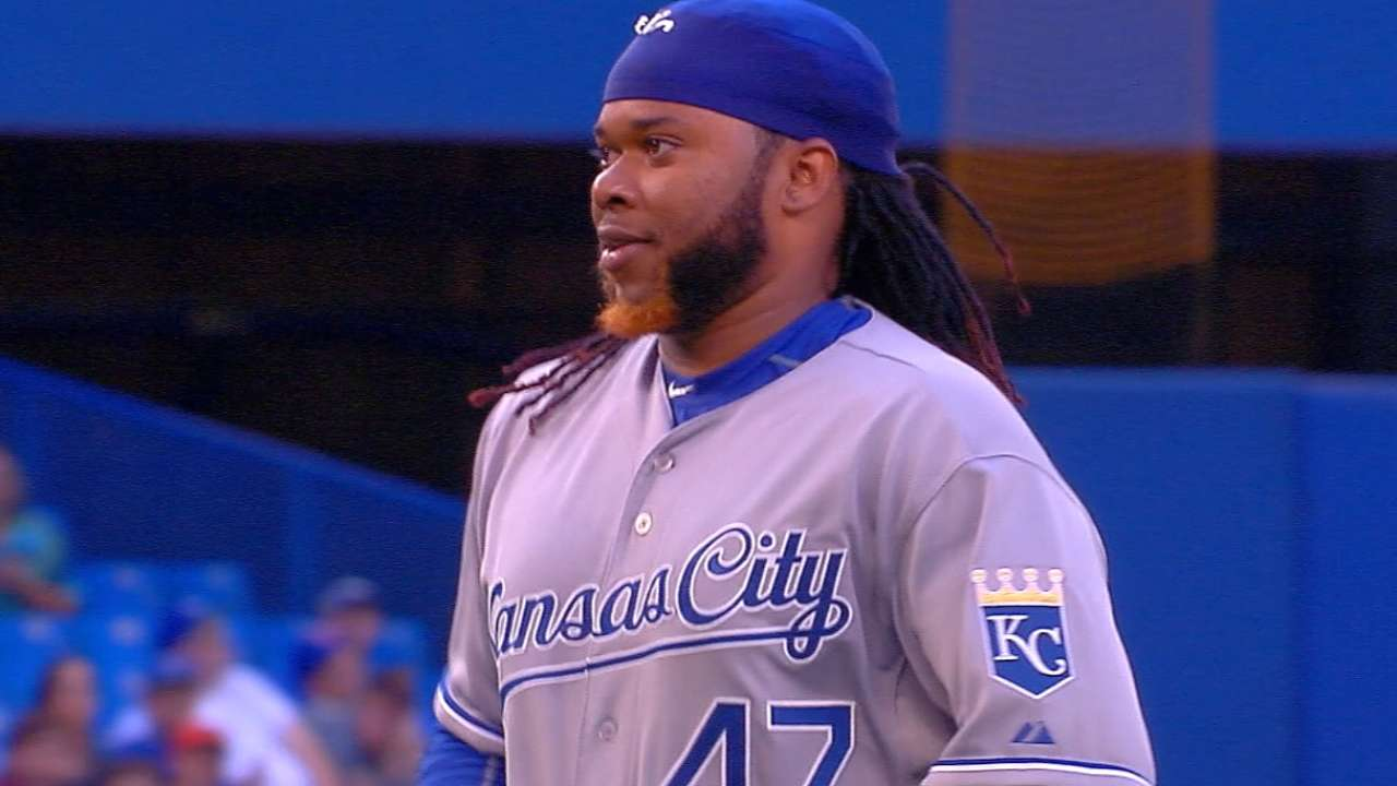 Cueto posts quality start in Royals debut
