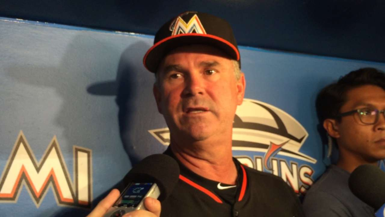 With flurry of deals, Marlins look to future