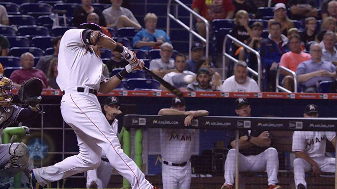 Dietrich's game-tying solo homer