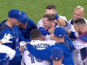 KC@TOR: Donaldson rips a walk-off RBI single in 11th