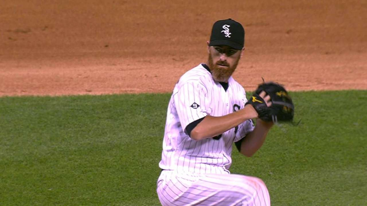 LaRoche works scoreless 9th in pitching debut