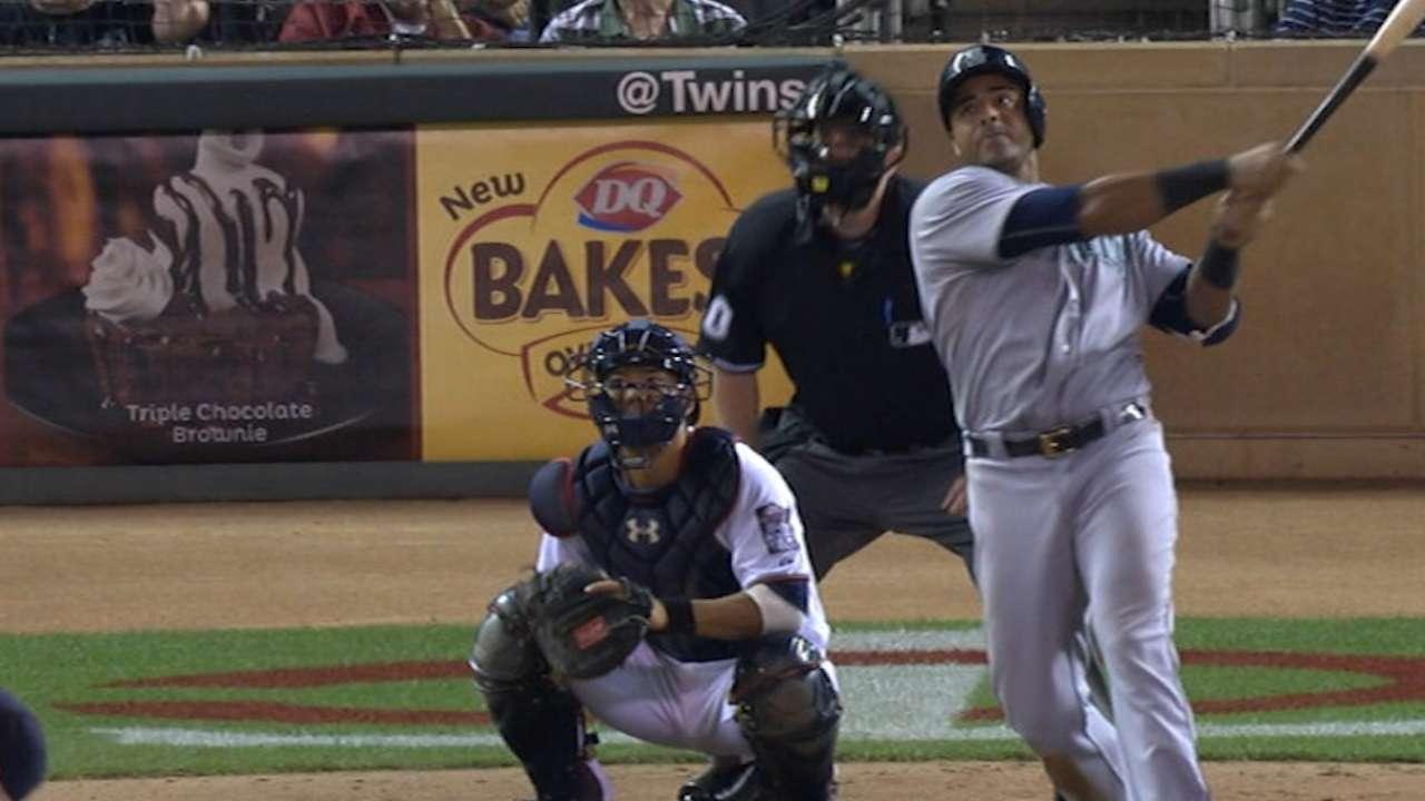 Cruz's four-hit game
