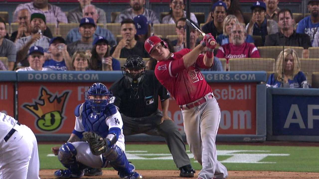Angels fall despite Trout's big night at plate