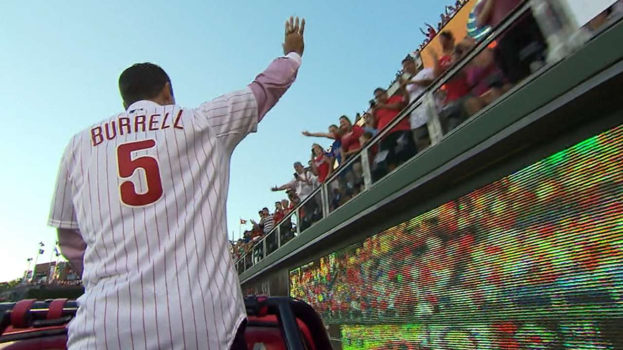Burrell inducted onto Phillies' Wall of Fame
