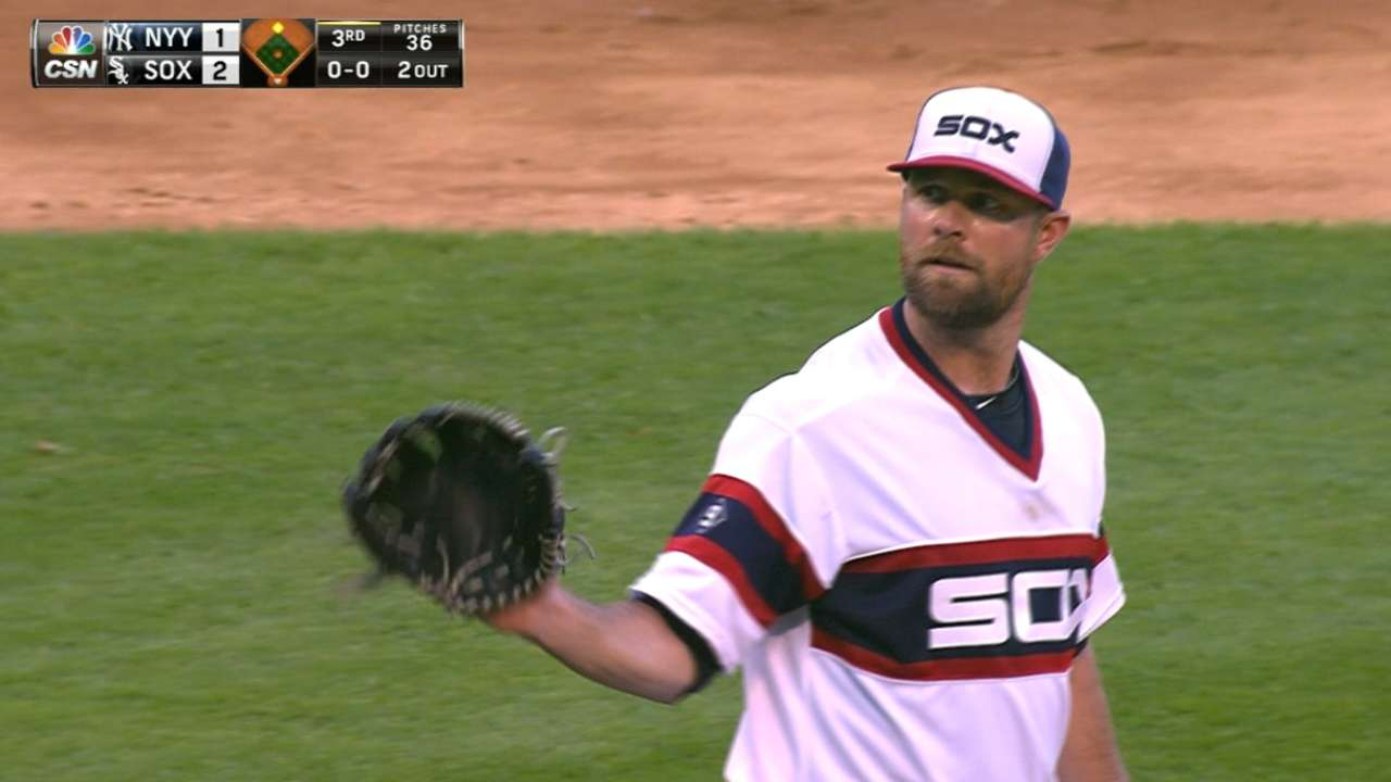 Vintage Danks defuses Yankees