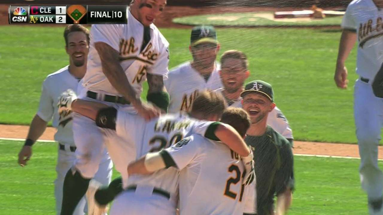Canha's walk-off double