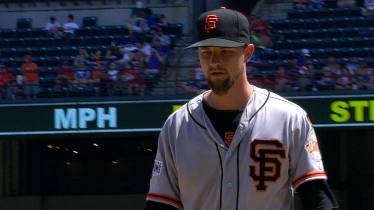 Leake's Giants debut