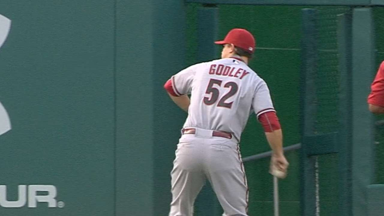 Godley to rejoin D-backs, start opener vs. Cubs