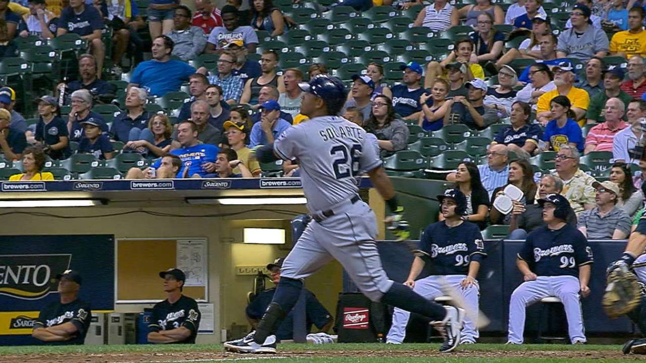 Padres' six-run 7th