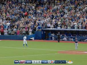 MIN@TOR: Estrada fans five over 6 2/3 frames