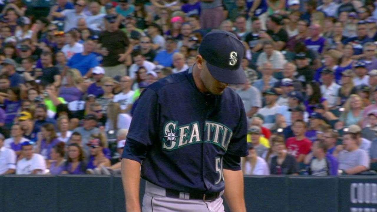 Rasmussen's 1st MLB win highlights 'pen's big night