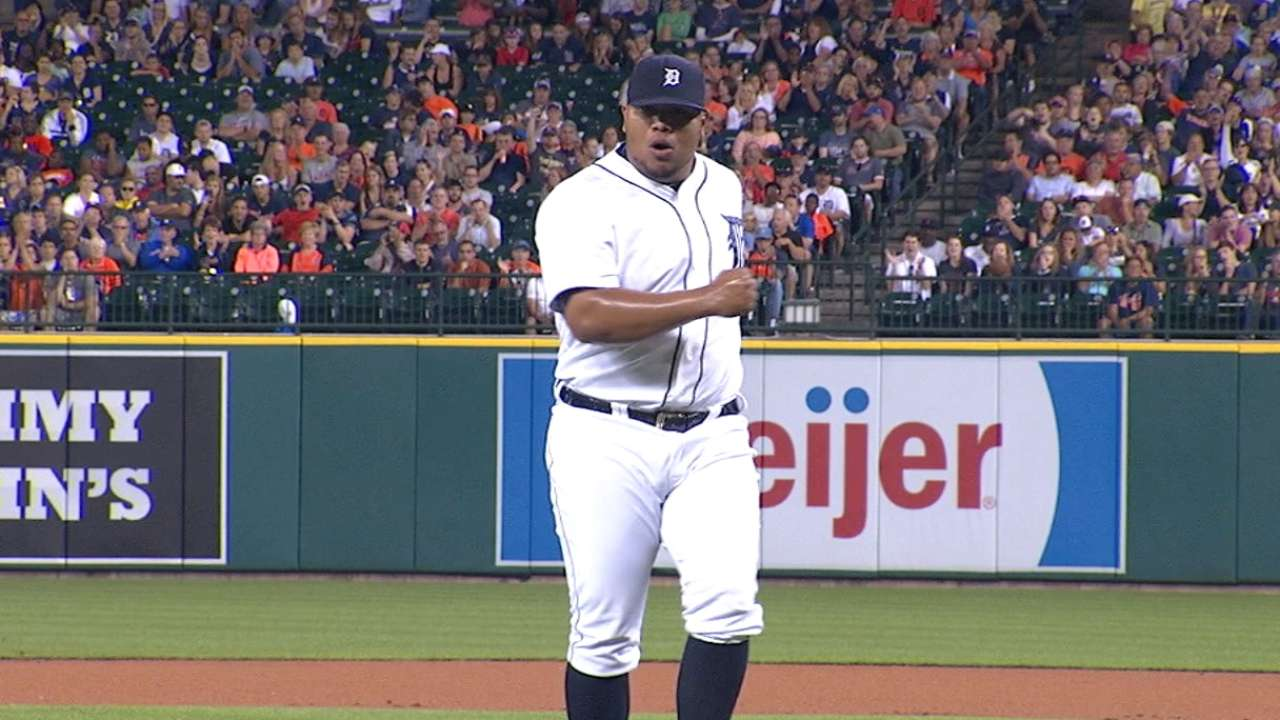 Rondon starting to own Tigers' 8th-inning role